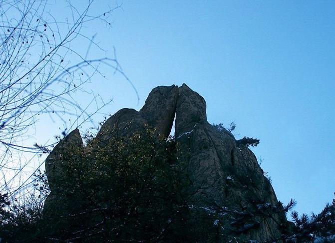 九水象形石 - 青岛崂山风景区
